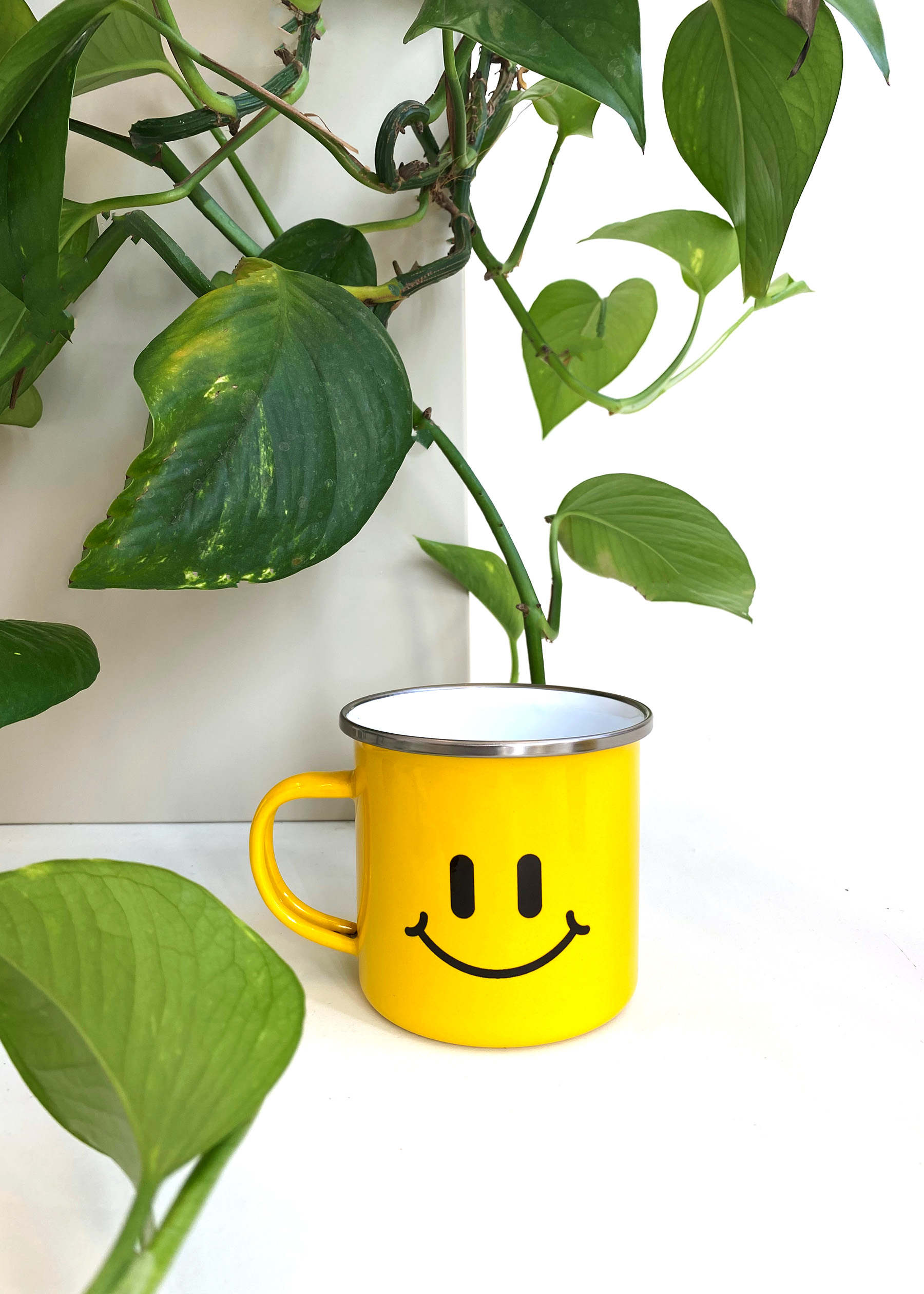 ØBO - Good Vibes - Smiley Mug